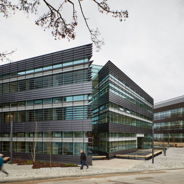 Blade II at University of Oxford's first BREEAM Outstanding building